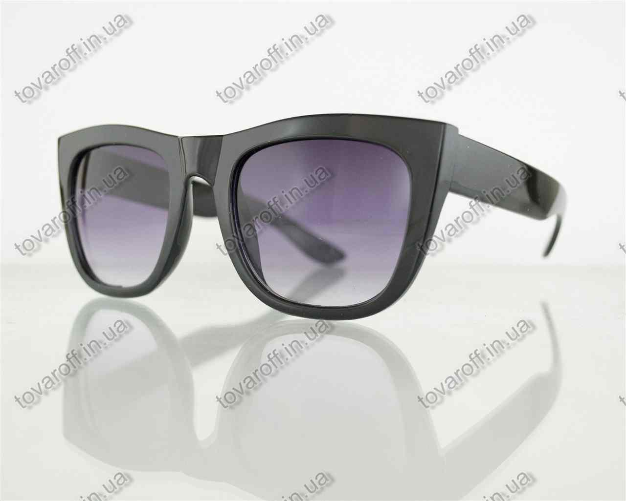 Оптом очки унисекс солнцезащитные в стиле Вайфарер (Wayfarer) - Черные - 025