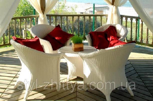 Білі садові меблі. стіл + 4 крісла: продажа, цена в львовско.