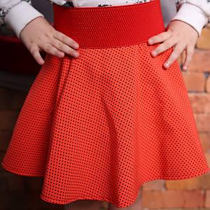 Красная детская юбка из креп-костюмки в виде колокольчика