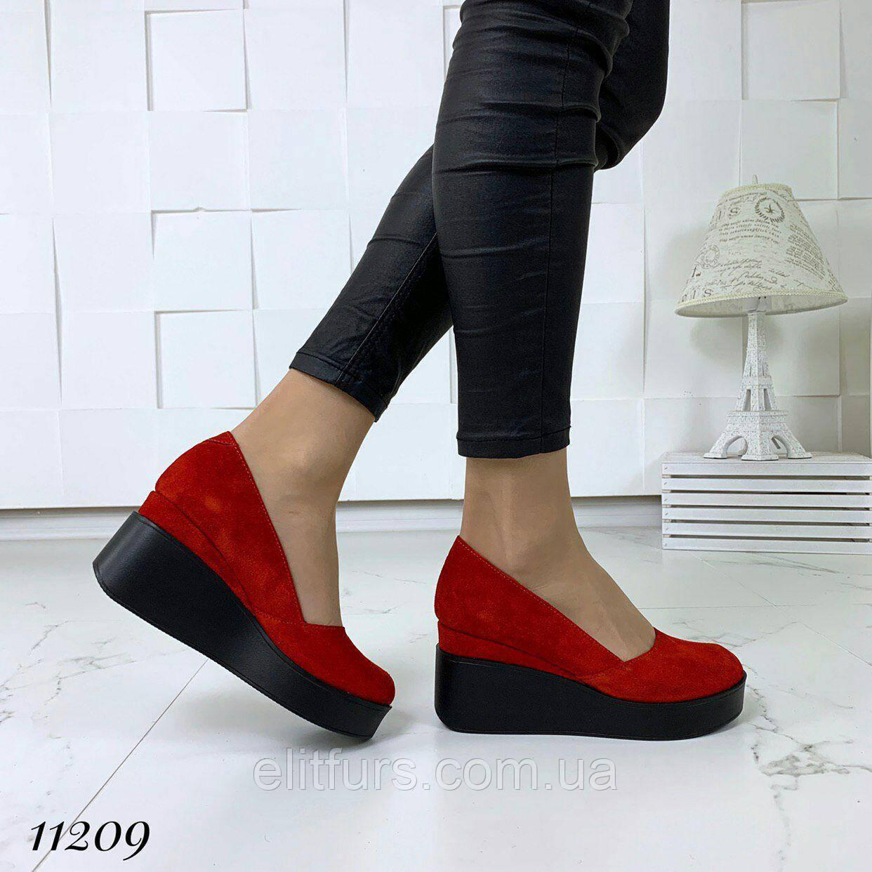 53b2273fe Купить Туфли на высокой платформе, нат. замша красный в Одесской ...