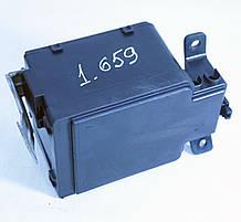 Блок предохранителей Хонда Сивик (1.4L). 3825AST3G000. Б.У