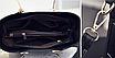 Женская красная сумка с брелком, фото 5