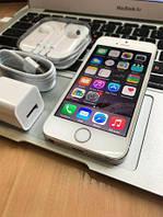IPhone 5s 16гб Silver Neverlocked Магазин! Гарантия!