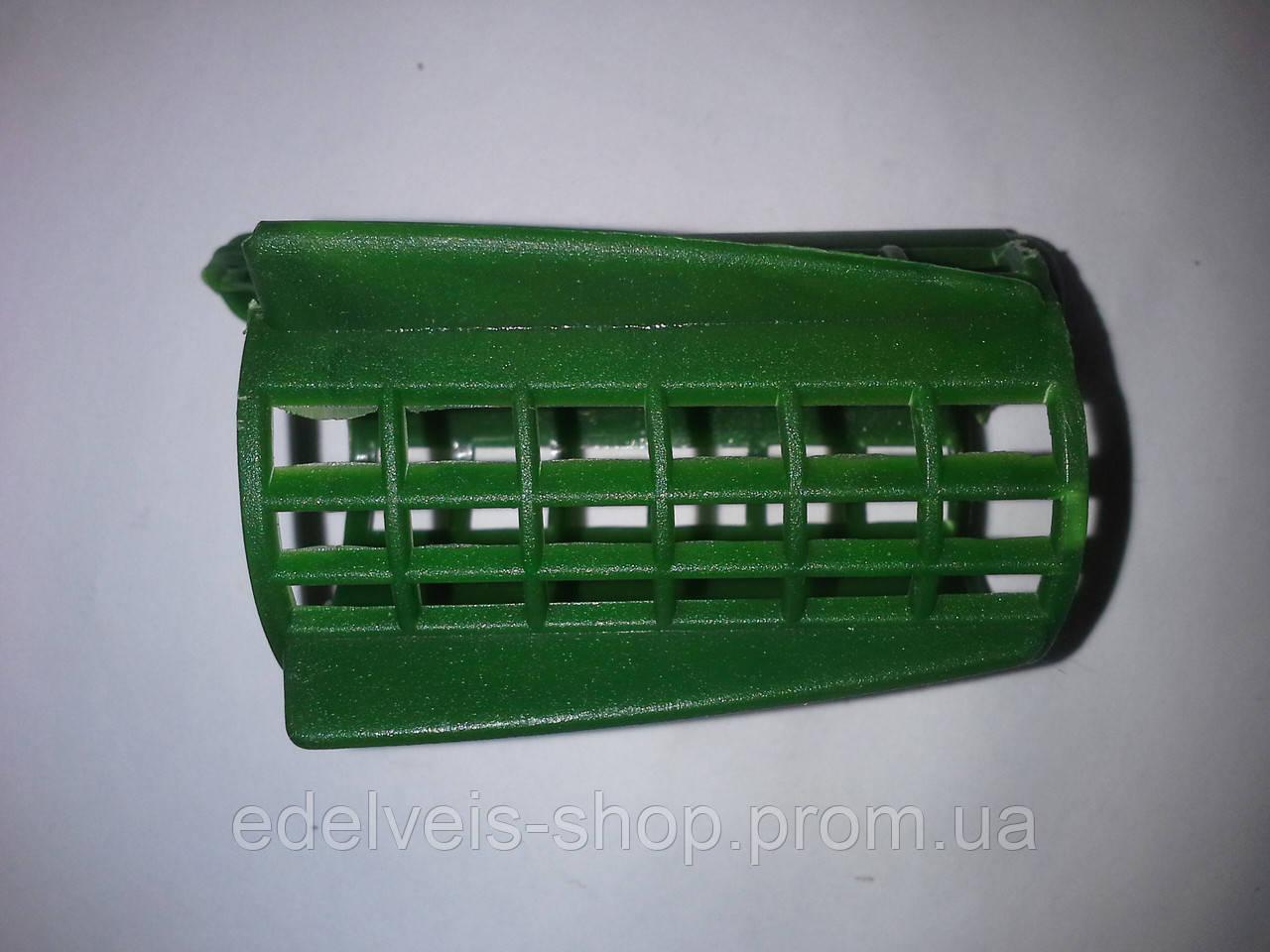 Годівниця фідерна пластикова з крилами кругла 20,30,40 грам