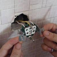 Установка и замена розеток и выключателей в Харькове