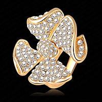 Кольцо в форме банта с нежными кристаллами в золотой оправе 18 к