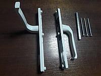 Нажимной гарнитур для двери из ПВХ 92/28/220/200 мм., с пружиной, 3 винта