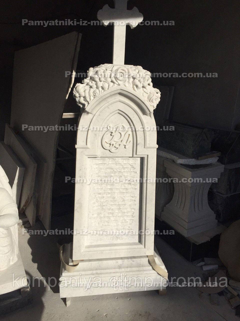 Памятник из мрамора с резными розами №36