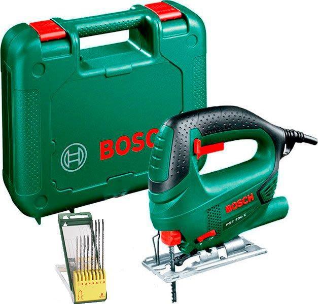 Лобзик Bosch PST 700 E + набор пилочек + чемодан (06033A002D)