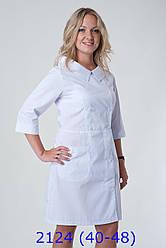Жіночий медичний білий халат на гудзиках, рукава 3/4, батист, 40-48