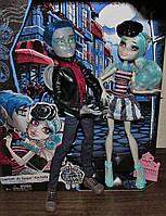 Набор Monster High Love in Scaris Любовь в Скариже Гаррот дю Рок и Рошель Гойл