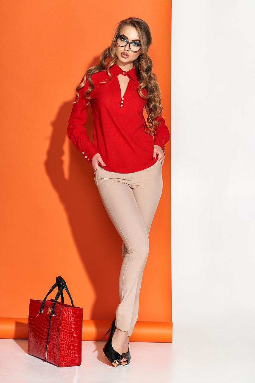 Нарядная блузка из шифона с отложным воротником красная