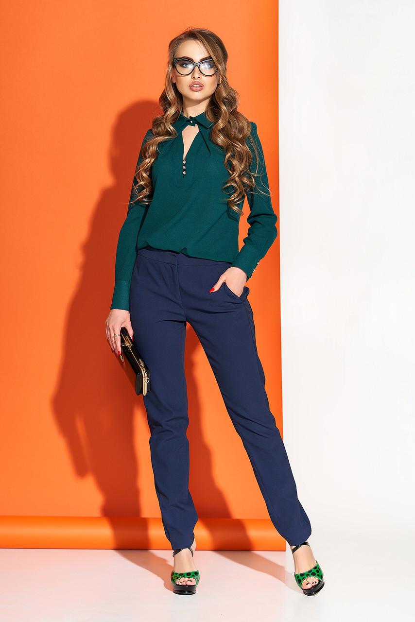 Красивая блузка из шифона с отложным воротником зеленая