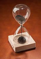 Магнитные часы с металлическим порошком