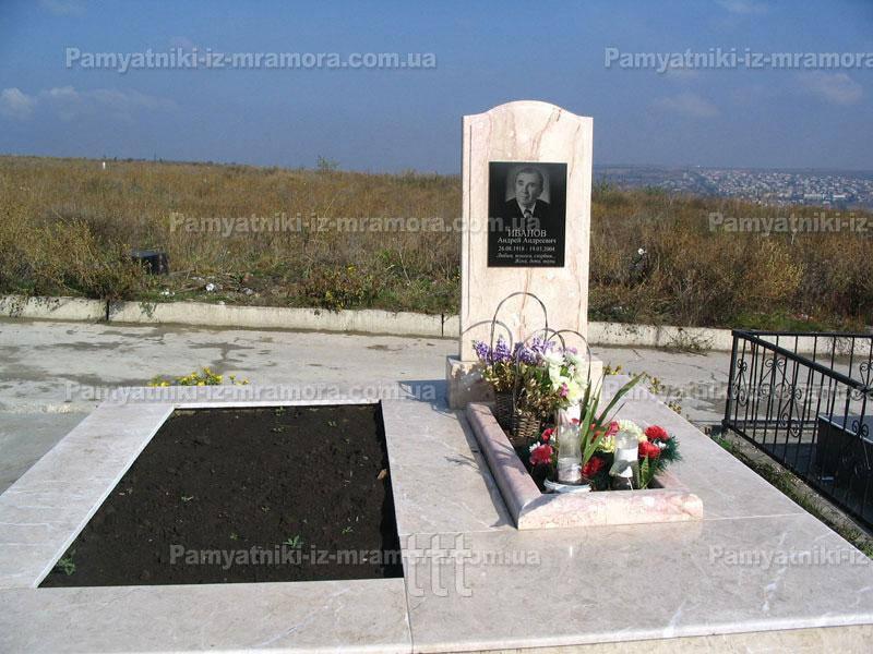 Памятник из мрамора№60