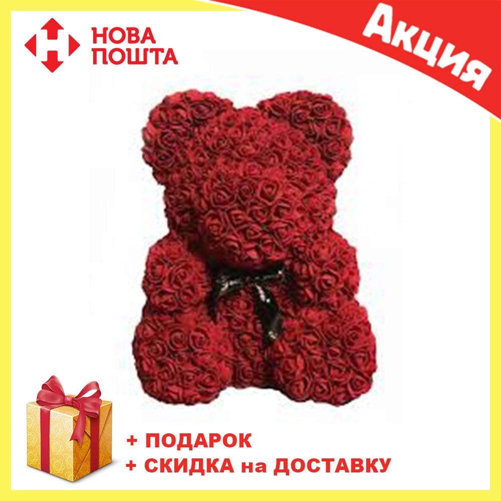 Красивый мишка из латексных 3D роз 25 см с лентой в подарочной коробке | Темно красный