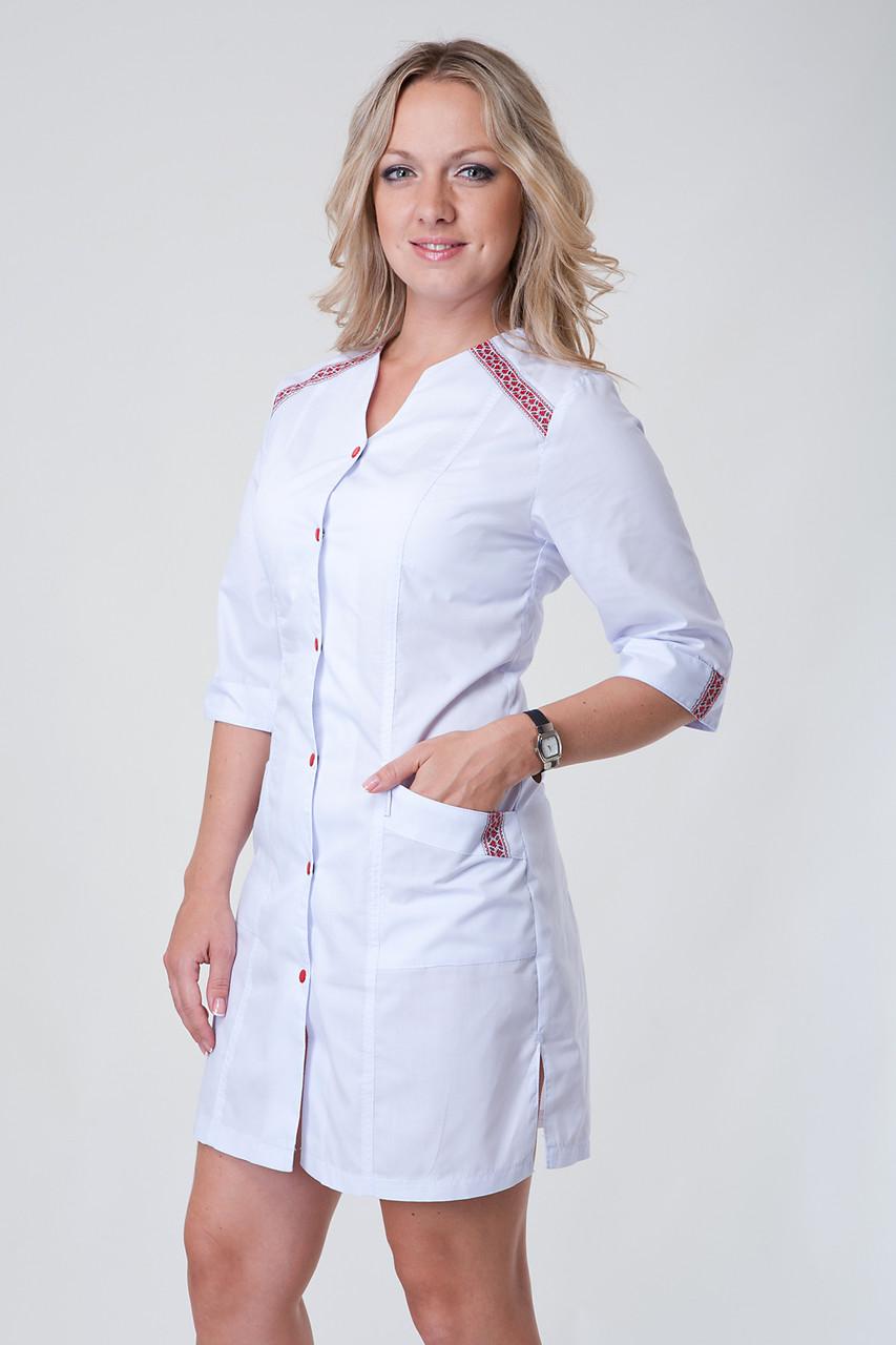 Женский медицинский белый халат с вышивкой на пуговицах, рукава 3/4, батист, 40-56