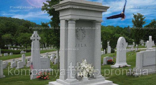 Памятник из мрамора с колоннами №70
