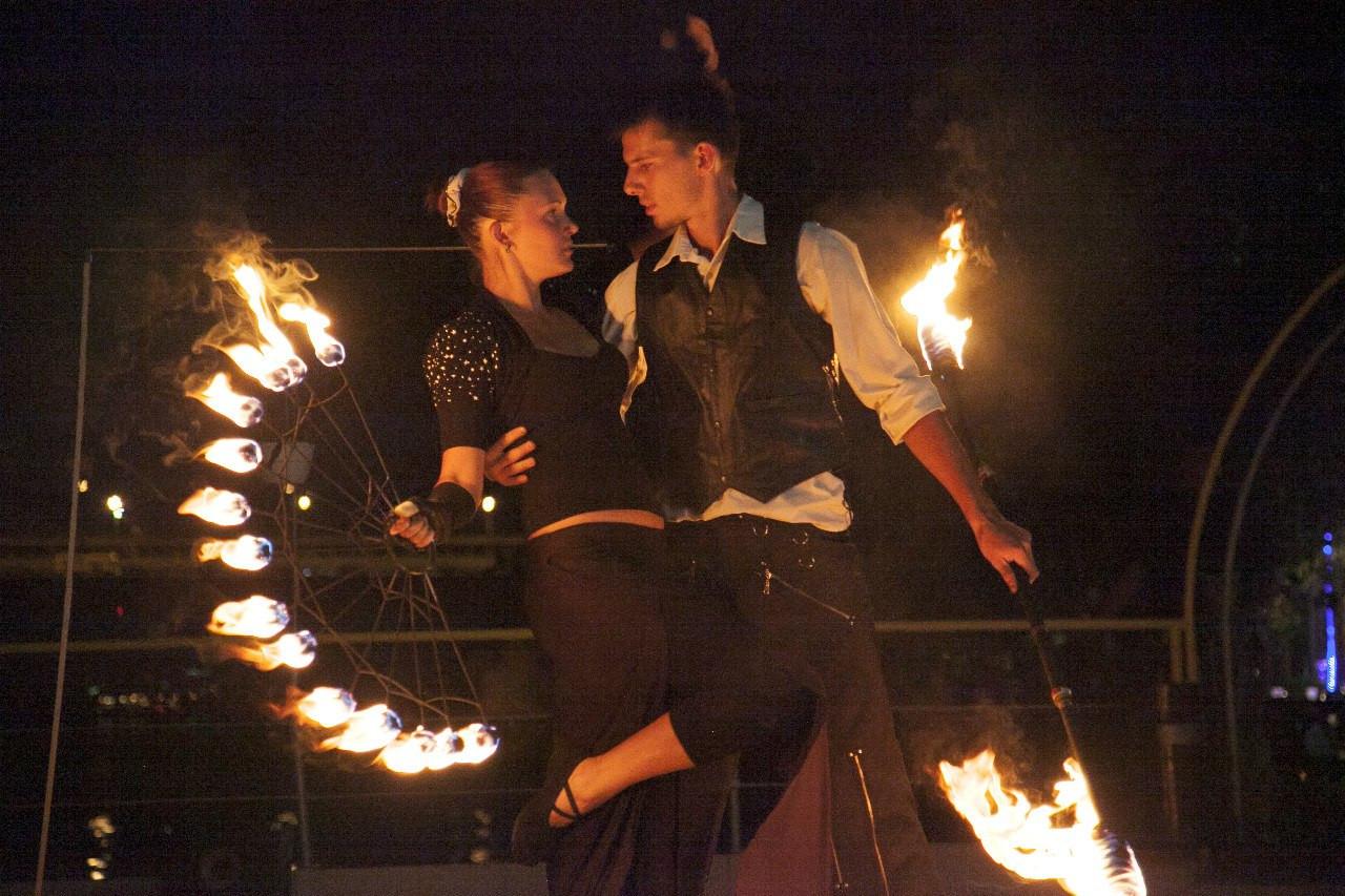 Огненное шоу на свадьбу! - Студия огня SoulFire в Киеве