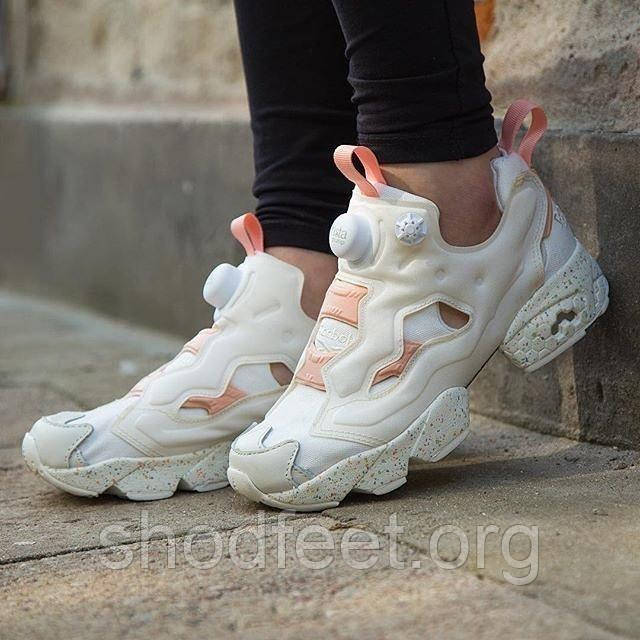 Женские кроссовки Reebok  Instapump Fury Celebration