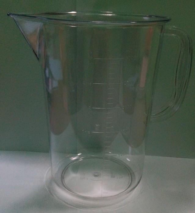 Мерная кружка поликарбонатная с носиком V 3000 мл (шт)