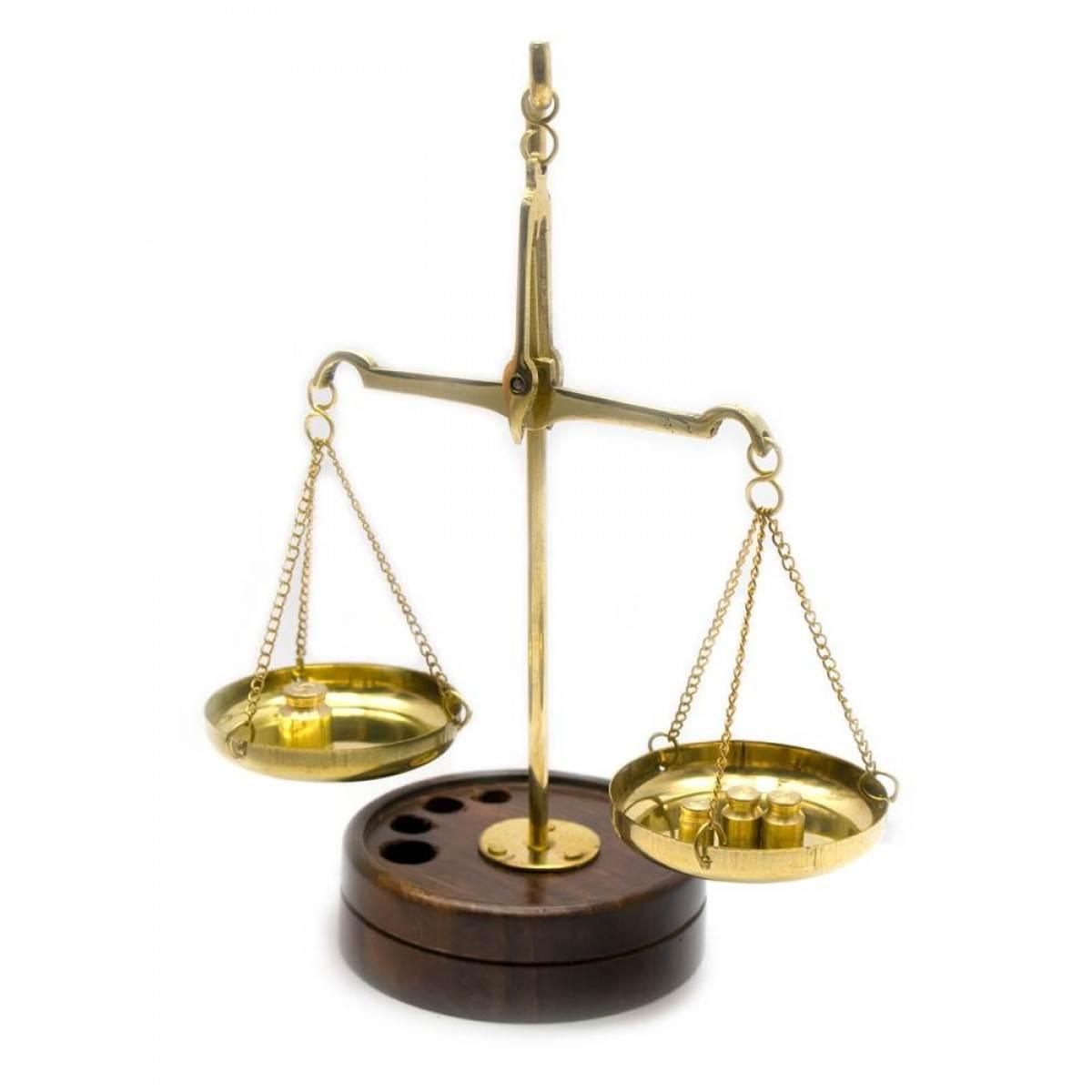 Весы бронзовые на деревянной подставке (10 гр.)(15х6х9 см)