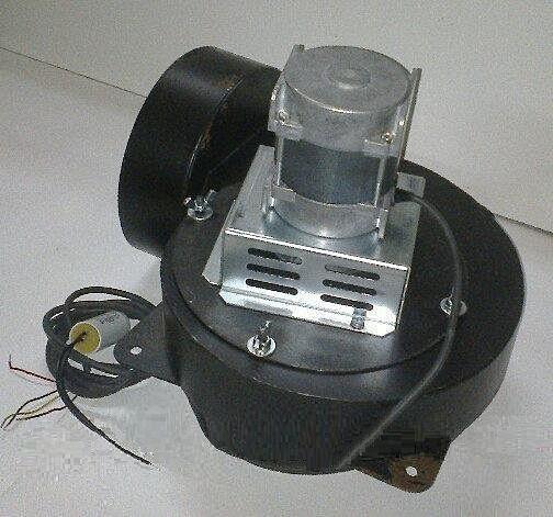 Качественный дымосос для твердотопливного котла MplusM Улитка WWK 180/75W Ø-180 (диаметр дымохода 180мм)