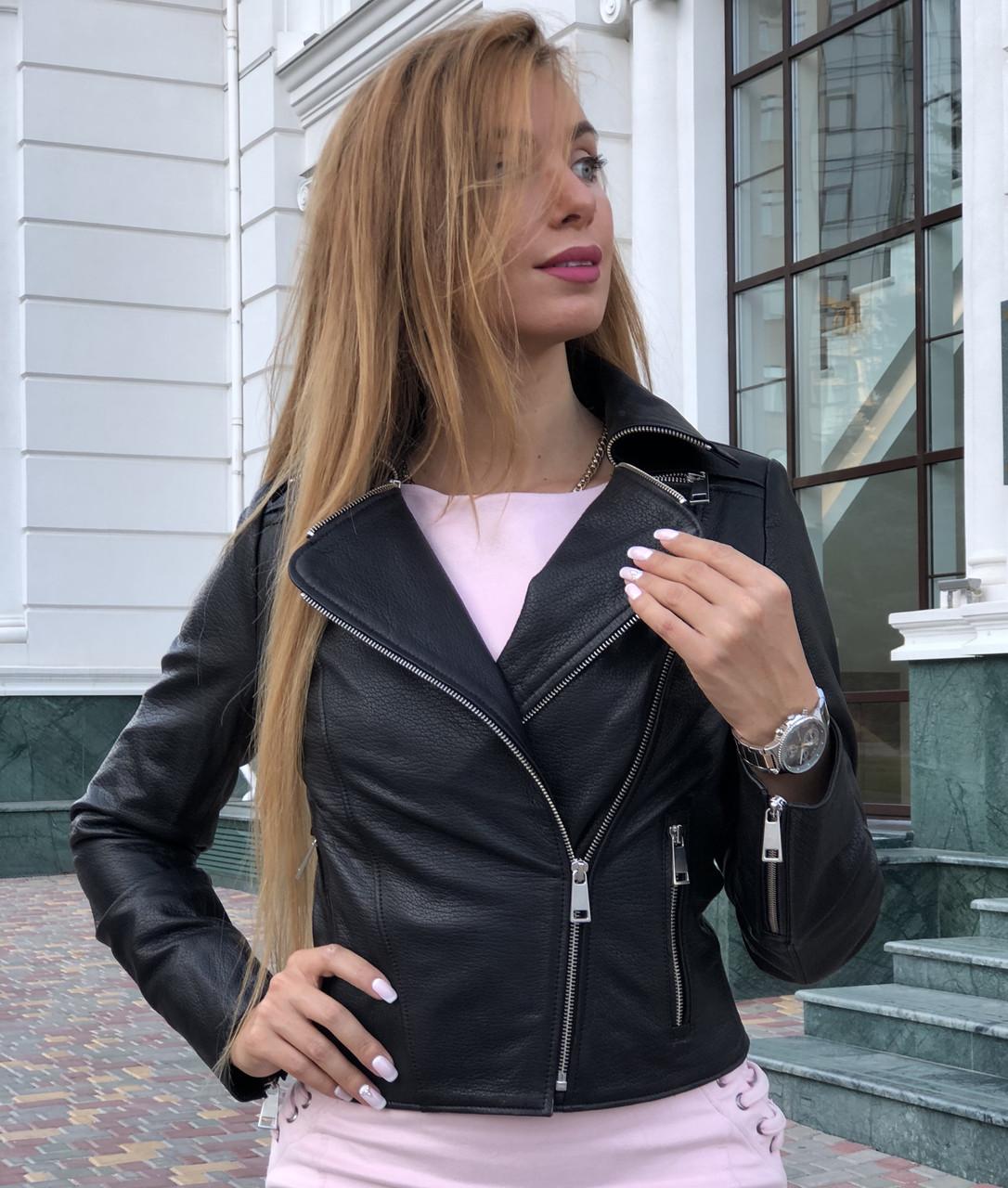 Чорна брендовий куртка-косуха