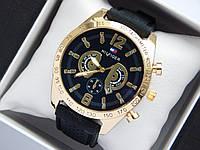 Чоловічі кварцові наручні годинники Tommy Hilfiger золотого кольору на каучуковому ремінці чорний циферблат, фото 1