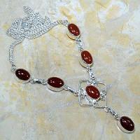 Серебряное ожерелье с сердоликом