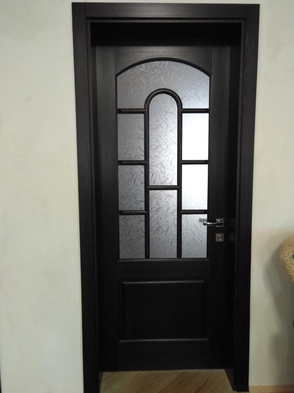 Двери массив и лудка (Ясень) с окраской
