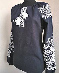 Вышиванка женская темно-синего цвета