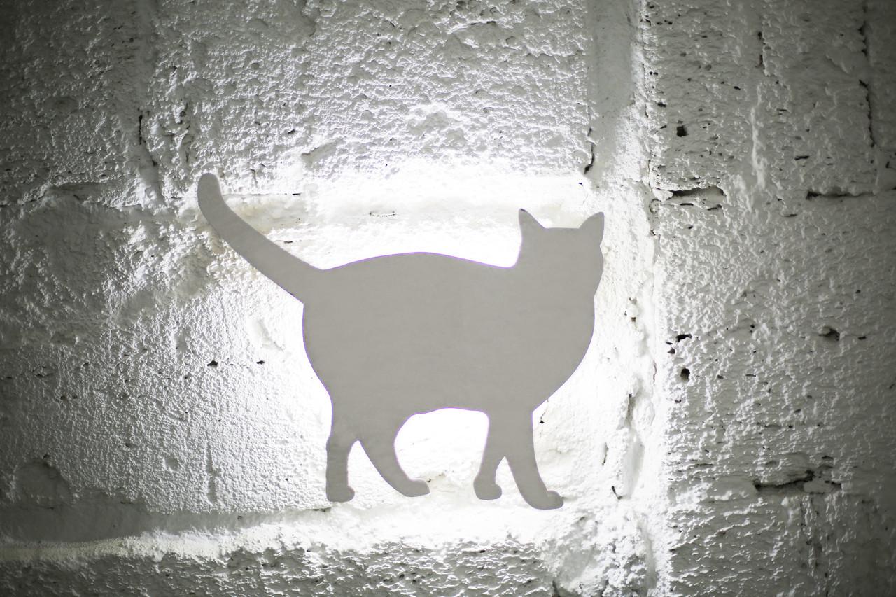 """Світильник """"CatWall"""" Сніжок"""