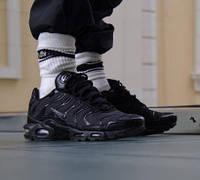 Мужские кроссовки Air Max 95 TN Plus Black черные (ТОП реплика), фото 1