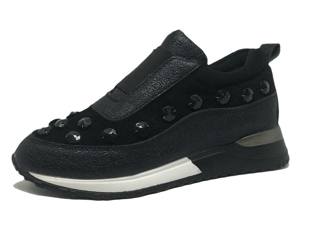 Кроссовки женские черные 36,37,40 размер