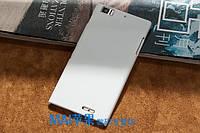 Пластиковый чехол для Lenovo K900 белый