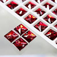 Пришивные стразы.Квадрат. Siam(красный)  10x10мм