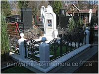 Памятник из мрамора  скорбящий ангел№92