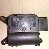 Шаговый двигатель печки Мерседес спринтер 906 (2006-2018). 2Е0941293В, 0132801373