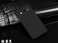 Пластиковый чехол для Samsung Galaxy A3 A300 черный, фото 1