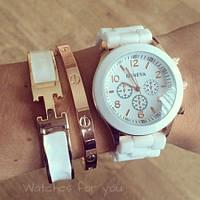 Женские часы Geneva Luxury белые