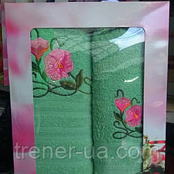 Подарочный набор махровых полотенец