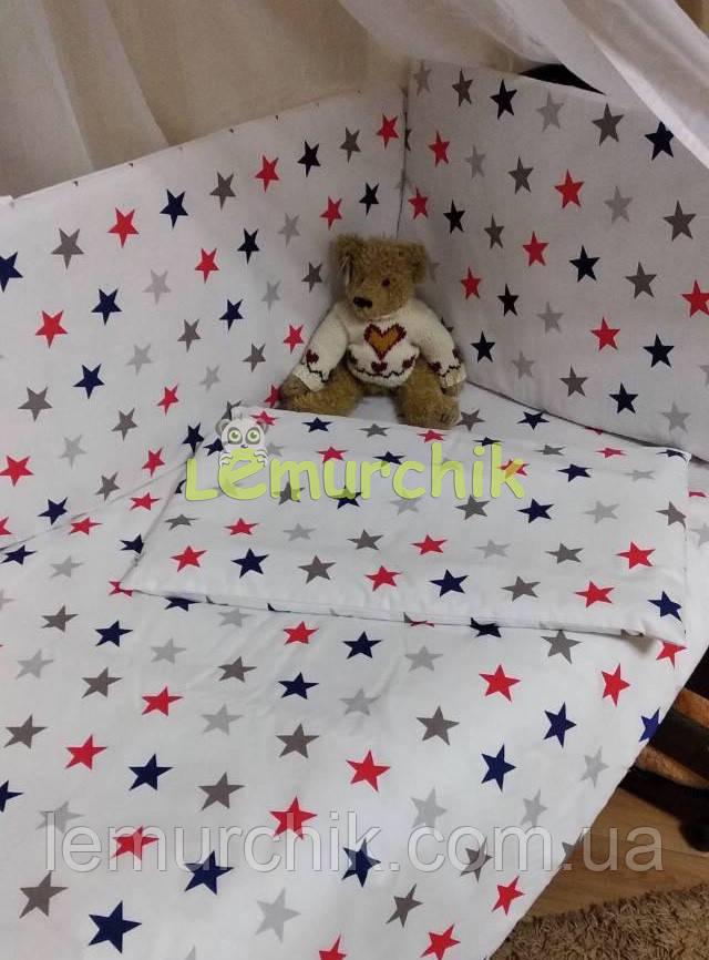 """Постельный набор в детскую кроватку (8 предметов) Premium """"Звездочка"""" белый с красными звездами"""