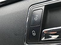 Кнопка відкривання дверей Mercedes e-class w212 A 204 905 85 02