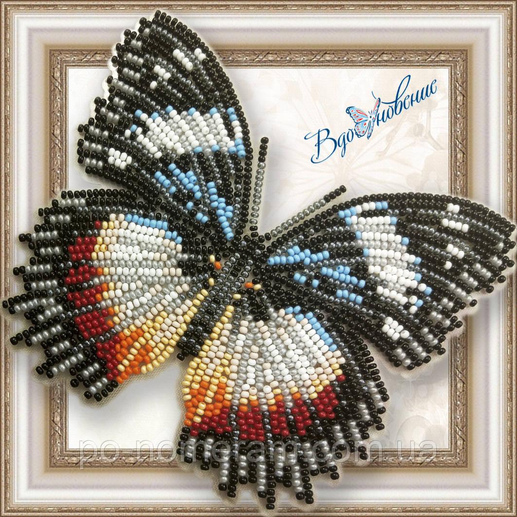 Бабочка из бисера вышивка на пластиковой основе Гиполимнас декситея (BGP044)
