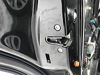 Замок двери задний левый Mercedes e-class w212 A2047302735
