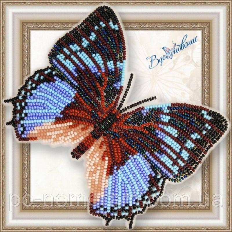 Бабочка из бисера вышивка на пластиковой основе Харакс Смарагдалис (BGP062)