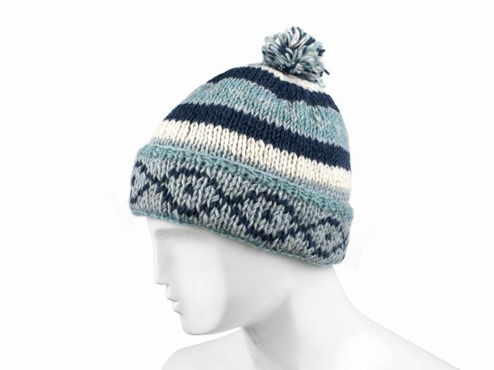Шерстяная шапка с отворотом