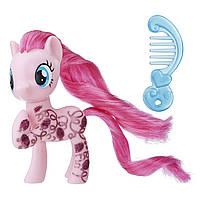 Коллекционная фигурка My Little Pony Pinkie Pie Fashion Friendship is Magic Пинки Пай блестящая с аксессуаром
