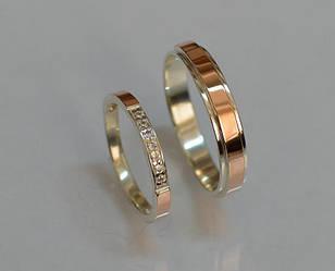Пара серебряных обручальных колец с золотыми накладками (Обр 4052к)